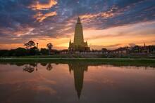 Beautiful Temple At Wat Mahathat Wachiramongkol, Krabi Province,  Thailand. See The Reflections That Add To The Attractiveness.