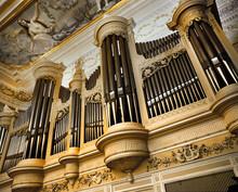 Large Organ In Saint-Petersburg's Conservatory