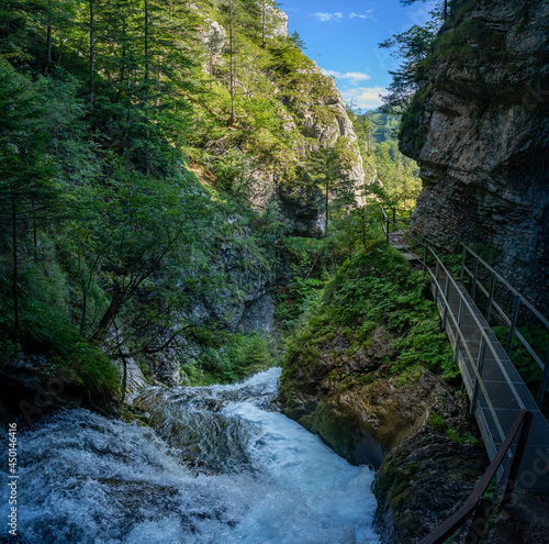 Wanderweg am Trefflingfall