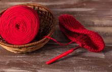 Hilo Y Aguja De Crochet Rojo