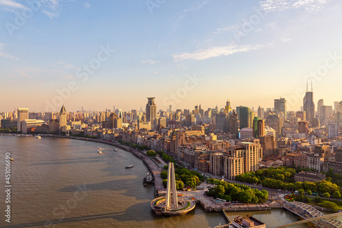 Obraz na plátně Aerial view of Shanghai skyline and the Bund waterfront promenade in China