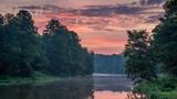 Fototapeta Na sufit - wschód słońca nad rzeką