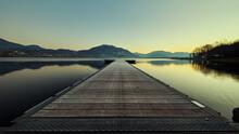 Alba Sul Lago Di Pusiano