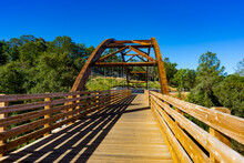 Robber's Creek, Folsom, California