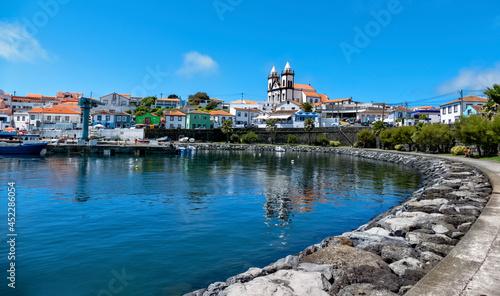 Stampa su Tela Baía do porto de são Mateus da Calheta, Igreja de São Mateus e Freguesia de São