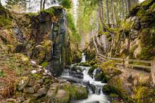 Menzenschwander Wasserfälle Baden-Württemberg Süddeutschland Wanderung