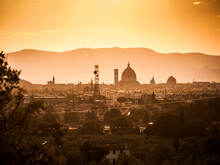 Italia, Toscana, Firenze, Tramonto Sulla Città Visto Dalle Colline.