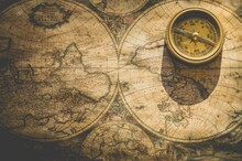 Compass On Map | Graphicsrb