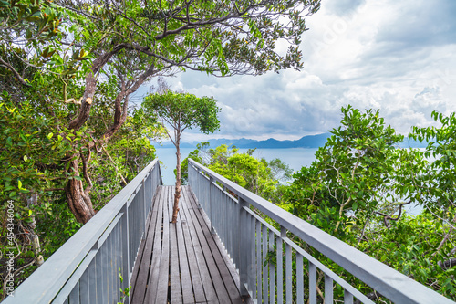 Fototapeta Walkway to the top viewpoint of Koh Hong island new landmark to see Beautiful scenery view 360 degree, Thailand