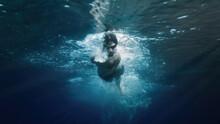 Ragazzo Nuota Stile Libero Vista Sott'acqua