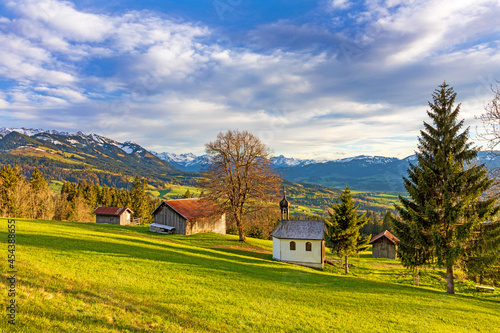 Fototapeta Oberrieder Kapelle - Allgäu - Oberried - Bildstöckle - Breiten - Sonthofen