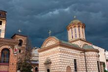 ルーマニア 首都ブカレストの旧市街にあるクルテア・ヴェケ教会(聖アンソニー教会)と旧王宮跡 Biserica Sfantul Anton & Curtea Veche Palace