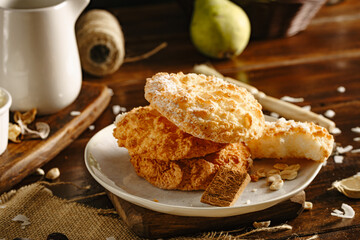 Coconut biscuits with coconut and pears