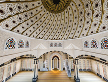 Interior Of The Mosque Countryi, İnterior Mosque, 3d Mosque, Oriental Islamic Ornament In Vector Design. Beautiful Multi-colored, Illustrations For Lovers Of The East, Ramadan Kareem.