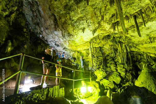 Photo Ancient Minoan sacred Psychro cave where god Zeus was born