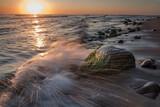 Fototapeta Fototapety z morzem do Twojej sypialni - wschód słońca nad Morzem Bałtyckim