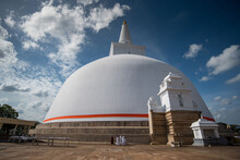 Ruwanweli Maha Seya, Also Known As The Mahathupa Is A Hemispherical Stupa Containing Relics In Anuradhapura, Sri Lanka