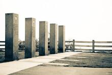 Landmark - Santa Monica, California - Concrete Posts