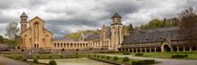 Photo Panoramique De L'abbaye D'Orval Sous Un Beau Ciel D'été (Wallonie, Belgique)