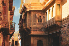 Selective Focus On Facade Of Old Haveli House In Jaisamer. Jaisalmer Is Known As Golden City In India