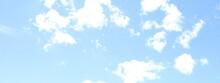 爽やかな青空と白い雲