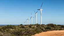 Parc éolien De Fitou Dans L'Aude (France)