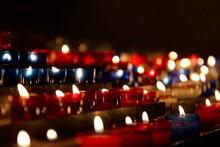 Bougies église Pendant Noël