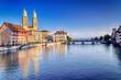 canvas print picture - Altstadt von Zürich mit Limmat und Grossmünster, Schweiz