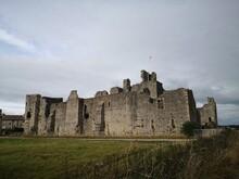 Middleham Castle Ruin, Middleham, Yorkshire Dales, England, UK
