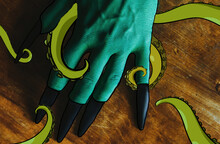 Green Witch Hand