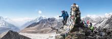 Nepal, Solo Khumbu, Everest, Mountaineers At Chukkung Ri
