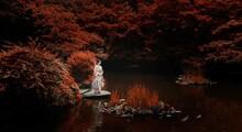 秋の和服女性
