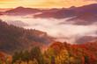 Leinwandbild Motiv Misty mountain landscape