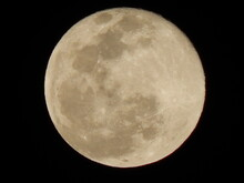 Full Moon Zoom Picture