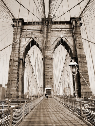 the brooklyn bridge #657816