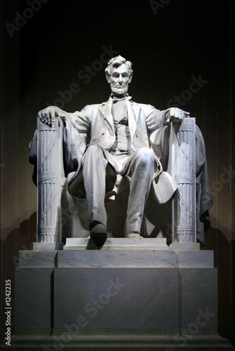 Photo lincoln memorial statue (darker)