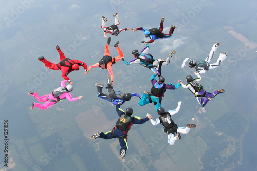 Fotografie, Obraz 12 skydivers complete a formation in freefall