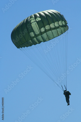 Photo Paratrooper's Descent
