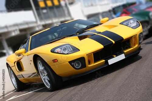 Fotografia Super car at race circuit