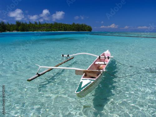Canvas Print Fishing boat in polynesian beach