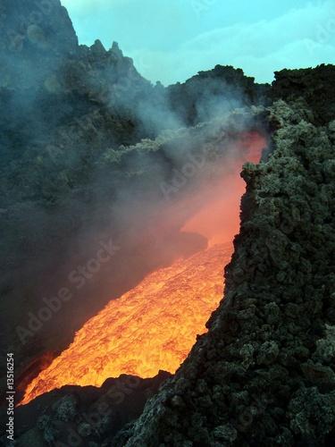 Etna in eruzione Fototapete