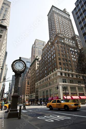 Fototapeta Typowy zegar uliczny w Nowym Jorku na zamówienie