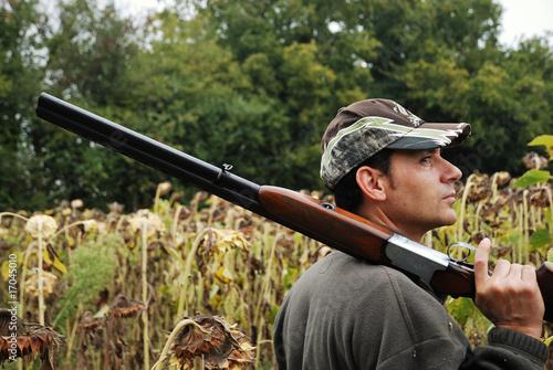Chasseur avec son fusil Fototapeta