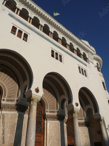 fachada de correos de Argel