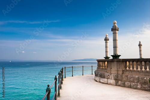 Obraz na płótnie Adriatic Sea scenic view from quay of Opatija, Croatian coast.