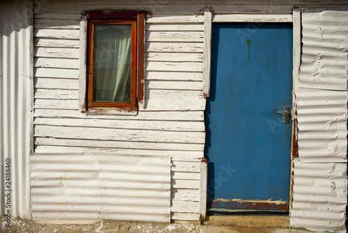 Valokuvatapetti Typical township shack