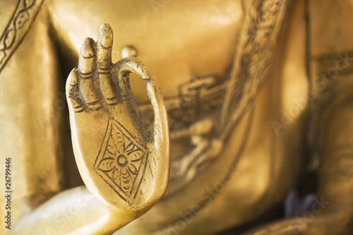 Foto Hand des goldenen Buddha 02