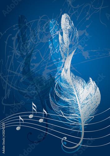 Fototapeta premium Srebrny klucz wiolinowy w postaci ptasiego pióra na niebieskim