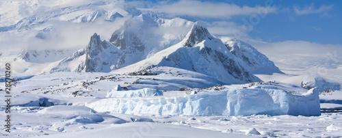 Obraz na plátně snow-capped mountains