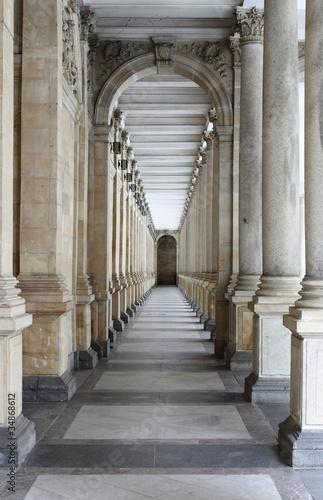 Colonnade in Karlovy Vary Fotobehang